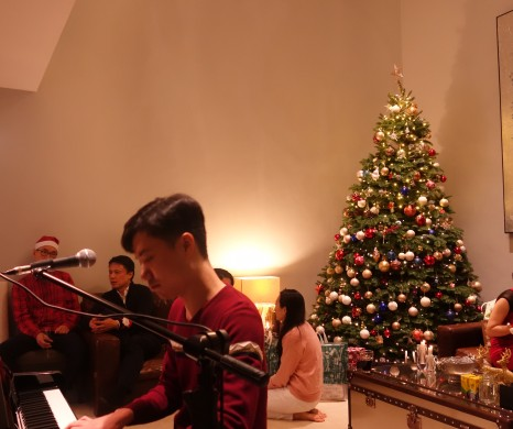 Vocal and piano performance at private Christmas party on 09-12-2017 by Lee Hin, ADA Angel -